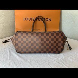 Louis Vuitton Bags - Sold. Louis Vuitton Neverfull mm Damier Ebene